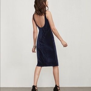 Reformation Pretoria dress in blue velvet- med